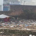 स्वच्छ्ता अभियान का आइकॉन समझे या देश का दुर्भाग्य
