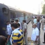 रेलवे स्टेशन पर दिव्यांग यात्रियों को व्हीलचेयर सेवा एवं कुली सेवा का होगा प्रावधान
