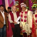शादी में दहेज़ नहीं चेन्नई राहत कोष में दान दिया