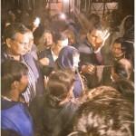 रेलवे विभाग ने देर रात झुग्गी बस्ती उजाड़ी , केजरीवाल ने बसाया