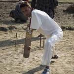 यह क्रिकेट स्टार ,दोनों हाथ नहीं फिर भी लगाता है धड़ाधड़ चौके-छक्के