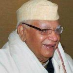 अखिलेश को मुलायम राजनीतिक विरासत सौंप दें : एनडी तिवारी