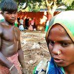 जब पीएम मोदी ने रखी अरविन्द के कंधे पर हाथ …