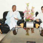 मुख्यमंत्री त्रिवेन्द्र सिंह रावत से मिले डीएवी काॅलेज छात्रसंघ अध्यक्ष  शुभम सिमल्टी