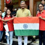 बालिकाओं के साहसिक अभियान से लोगों को हिमालय से जुड़ने में मिलेगी मदद : सीएम