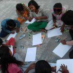 अपने सपने संस्था के बच्चो ने आर्ट के माध्यम से किया यातायात नियमों के प्रति जागरूक