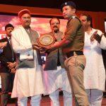 यातायात कांस्टेबल विजय प्रसाद समेत अन्य पुलिस के जवान हुए सम्मानित