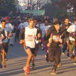 हाॅफ मैराथन में सड़क सुरक्षा एवं महिला सुरक्षा के लिए दौड़े हजारों धावक
