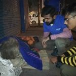 अपने सपने संस्था ने ठंड में फुटपाथ पर सो रहे जरुरतमंदो को उढ़ाये कम्बल