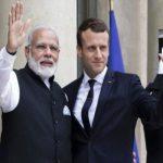 फ्रांस के राष्ट्रपति के साथ वाराणसी पहुंचें मोदी