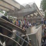 वाराणसी: निर्माणाधीन फ्लाईओवर का हिस्सा गिरा, 18 लोगों की मौत, कई घायल