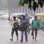 मूसलाधार बारिश से नदियों ने लिया विकराल रूप, जानिए ख़बर
