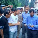 मैड संस्था तेज़ बारिश में नागरिक मुद्दों के लिए की मार्च