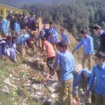 टिहरी गढ़वाल के बंगसील स्कूल में सफाई अभियान की अनोखी पहल