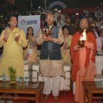 उत्तराखण्ड इंवेस्टर्स समिट : ऋषिकेश में आयोजित गंगा आरती में सीएम त्रिवेंद्र हुए सम्मिलित