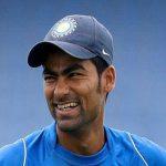 भारतीय क्रिकेटर मोहम्मद कैफ बना रहे है अपना जन्मदिन