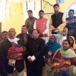 भाजपा प्रदेश महामंत्री नरेश बंसल के जन्मदिन पर मरीजो को फल एवम जरूरतमन्द को बाटे गए कम्बल