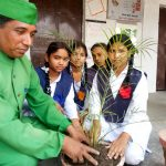 विद्यार्थियों को पर्यावरण संरक्षण के प्रति किया जागरूक