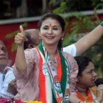 उर्मिला मातोंडकर का 'रंगीला गर्ल' से लेकर चुनावी मैदान तक का सफर , जानिए ख़बर