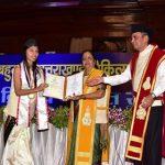 युवा डाॅक्टर गावों में 4-5 वर्ष की सेवा जरूर देंः राज्यपाल