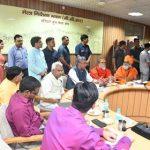 सीएम त्रिवेंद्र ने महाकुंभ तैयारियों की समीक्षा की
