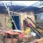 युवाओं ने झोपड़ी में गुजारा कर रहे शहीद के परिवार को भेंट किया , खूबसूरत घर