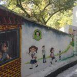 डीएम सविन बंसल की एक पहलः स्कूूली बच्चों को सिखा रहे चित्रकारी