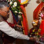 मुख्यमंत्री त्रिवेंद्र ने माँ दुर्गा का किया पूजा अर्चना