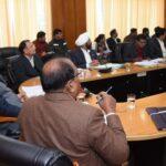किसानों का गन्ना मूल्य भुगतान समय पर किया जाय : सीएम त्रिवेंद्र