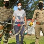 हरिद्वार : मेलाधिकारी के घर निकला अजगर, वन विभाग ने किया रेस्क्यू