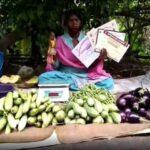 वक्त का फेर : चैम्पियन तीरंदाज सड़क पर बेच रही सब्जी
