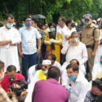 देहरादून : पूर्व सीएम हरीश रावत समेत 200 कांग्रेसियों के खिलाफ दर्ज हुआ मुकदमा
