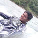 युवक नदी में सेल्फी लेते हुए बहा, हुई मौत