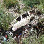 मसूरी में वाहन खाई में गिरा, आईटीबीपी के जवान खाइ में कूद बचाई सवारियों की जान